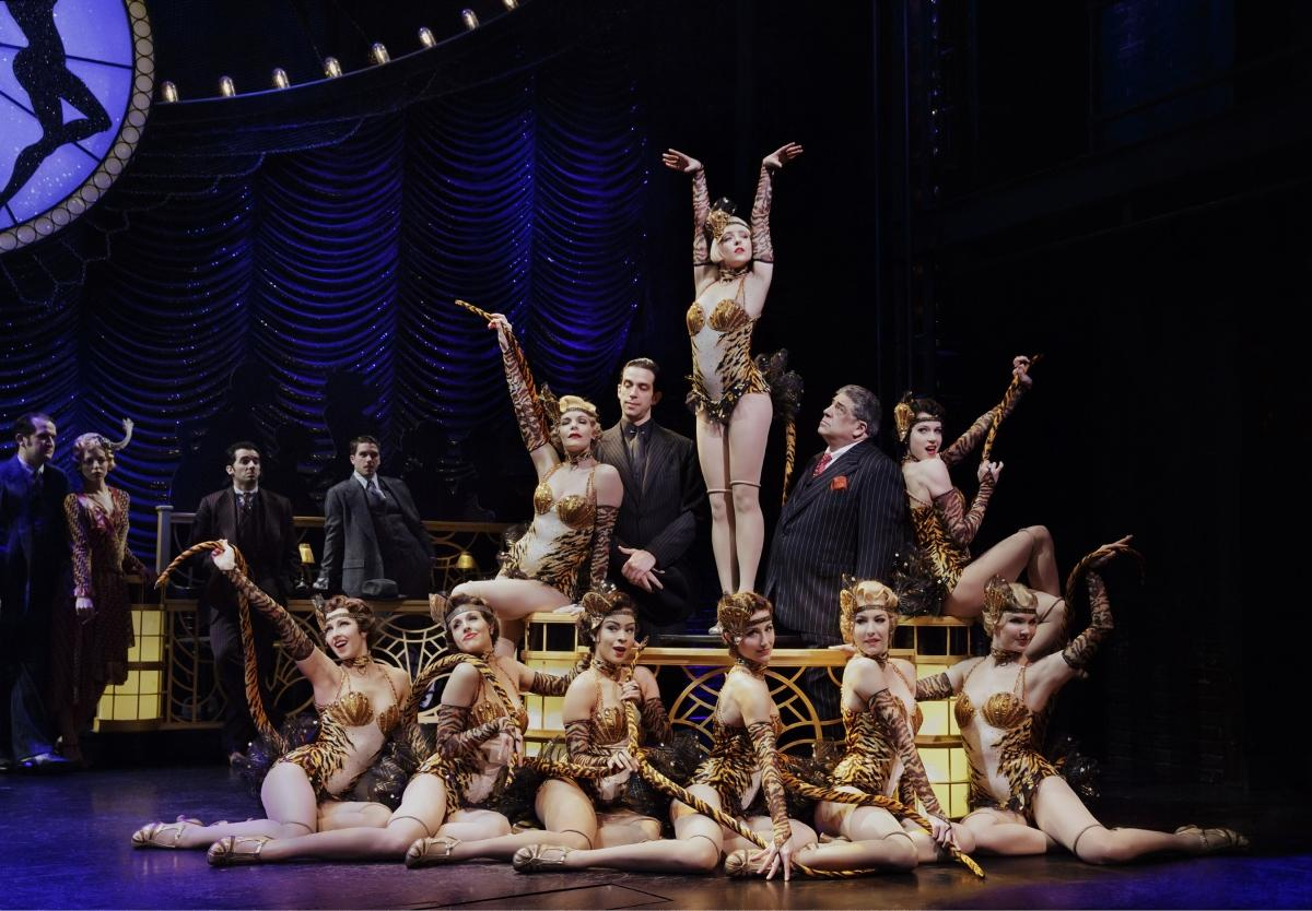 33e86fc746e083 It seemed like such a terrific idea  a musical version of Woody Allen s  hilarious 1994 Jazz Age film comedy Bullets Over Broadway