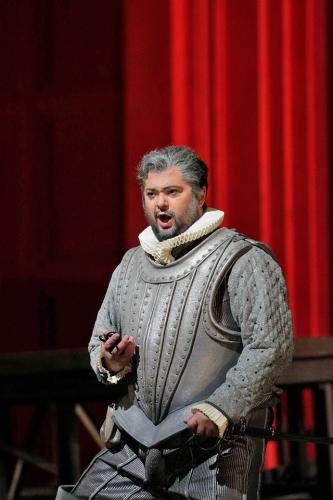 Celso_Albelo_as_Leicester_in_Donizetti_s__22Maria_Stuarda__22_